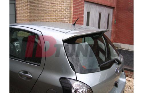 Спойлер на крышу Toyota Yaris II