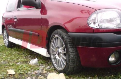 Накладки на пороги 1 Renault Clio II